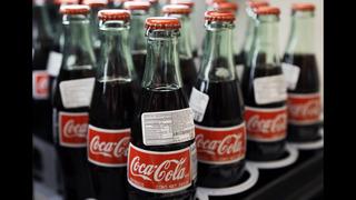 Coke beats Street 4Q forecasts; Diet Coke volume falls