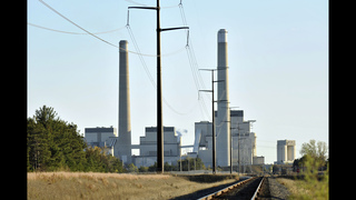 Obama vows to press ahead on Clean Power Plan after setback