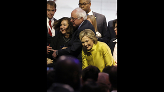 Clinton, Sanders vigorously agree _ except when they don