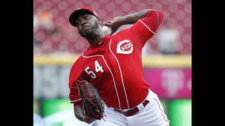 Closer Aroldis Chapman agrees with Yankees at $11,325,000