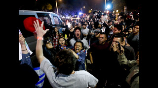 Protesters get rowdy at California hotel before Trump speech