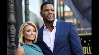Kelly Ripa, Michael Strahan share in Daytime Emmy award