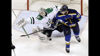 Steen, Backes score twice, Blues rout Stars 6-1