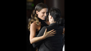 Kate Beckinsale dishes on her Sarah Silverman girl crush