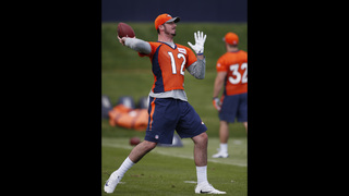 Paxton Lynch makes his Broncos debut