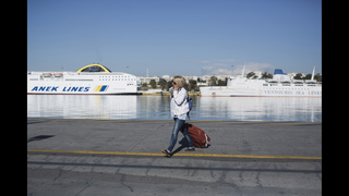 Services in Greece grind to halt in 3-day strike