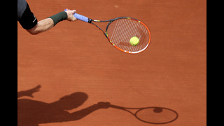 Nadal wins 200th Grand Slam match at French Open