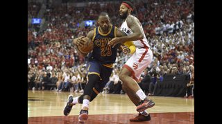 James scores 33, Cavaliers reach second straight NBA Finals