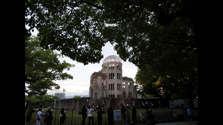 Obama becomes 1st US president to visit Hiroshima bomb site