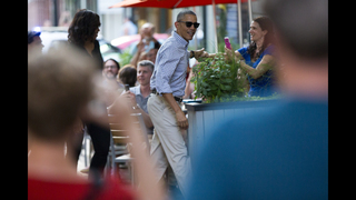 Obamas take a night out at Mexican restaurant in Washington