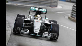 Lewis Hamilton wins thrilling Monaco GP ahead of Ricciardo