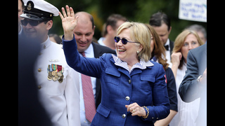 Hillary Clinton marches in hometown Memorial Day parade