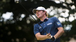 Snedeker leads amateur du Toit, Johnson in Canadian Open