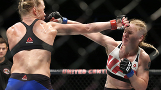 Valentina Shevchenko stuns Holly Holm at UFC Chicago