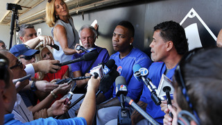 New Cubs closer Aroldis Chapman arrives to a mixed