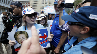 Clinton backers asked to speak at Sanders rally, then booed