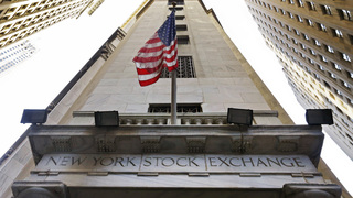 Stocks post slight gains as investors work through earnings
