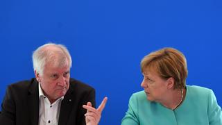 Bavaria governor criticizes Merkel
