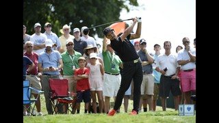 Flawless Fowler builds 1-shot lead at Barclays