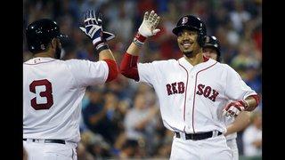 Pedroia falls short of record, Red Sox beat Royals