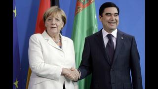 Turkmenistan to discuss letting foreign envoys visit jails