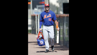 Report: Tim Tebow homers in first professional at-bat
