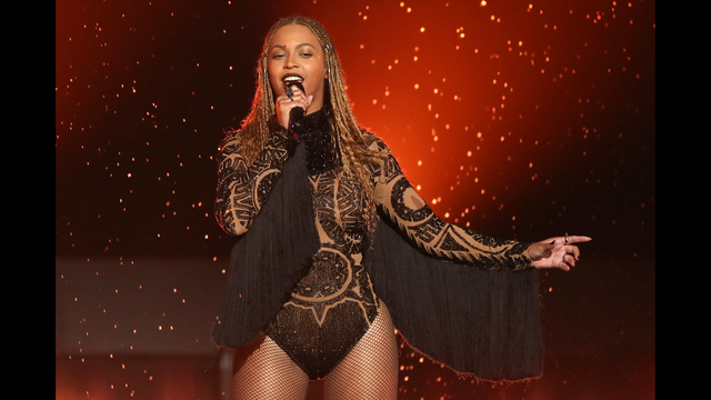 Beyonce Pregnant with Twins | FOX23