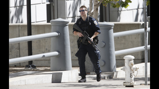 Police standoff shuts down San Francisco