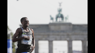 Kenenisa Bekele wins Berlin Marathon, misses world mark