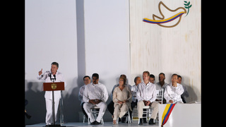 Colombia embarks on path to peace with historic accord