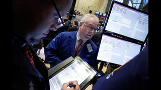 Global stocks lower on renewed worries about banking sector