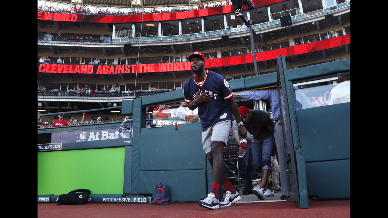 LeBron James offers support to Indians before Game 2 - KOKI