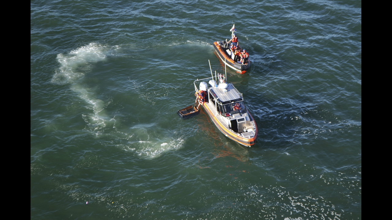 5-year-old boy revived after boat capsizes off San Francisco