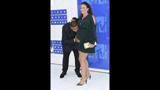 DJ Khaled and fiancée welcome baby boy on Snapchat