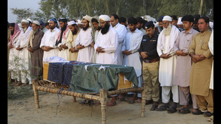 Militants attack Pakistan police academy, killing 61