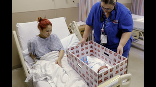 Pediatricians: Babies should sleep in same room as parents
