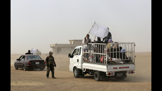 Iraqi forces evacuate 1,000 civilians from Mosul front lines