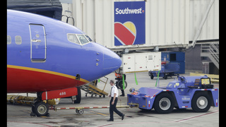 Southwest tops Street 3Q forecasts