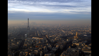 Paris still struggling with worse pollution peak in decade