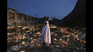 Aid groups descend on Indonesia quake zone; deaths reach 102