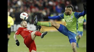 Seattle wins MLS Cup, beating Toronto on penalty kicks