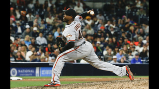 Santiago Casilla returns to Athletics on a 2-year contract