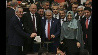 Turkey: Erdogan buoyed by vote for powerful presidency