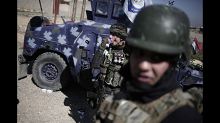 Iraqi troops advance on western Mosul as Mattis holds talks