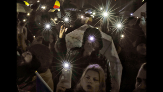 Romanian lawmakers scrap decree that eased graft penalties