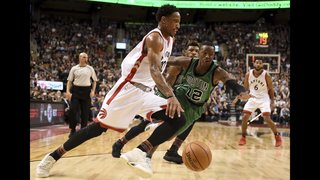 DeRozan has career-high 43, Raptors beat Celtics 107-97