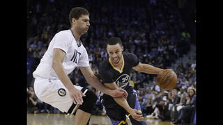 Splash Brothers lead way for Warriors with Durant out hurt