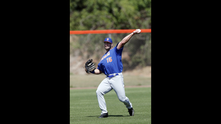 Tebow learns from Jacksonville neighbor Daniel Murphy