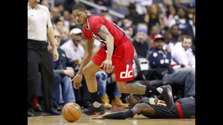 Beal, Wall lead Wizards to 104-100 win over Hawks