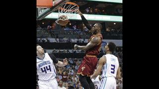 Goggled LeBron playing against Wizards despite eye injury